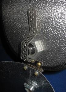 Die Mechanik des Dampfventils, die den Knopf der eZigarete drücken wird.